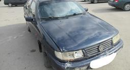 Volkswagen Passat 1993 года за 816 300 тг. в Актау