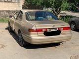 Toyota Camry 1998 года за 2 800 000 тг. в Павлодар – фото 2