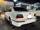 BMW 528 1999 года за 2 400 000 тг. в Алматы – фото 2