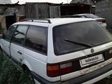 Volkswagen Passat 1990 года за 500 000 тг. в Семей