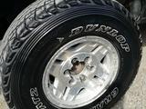 Комплект диски с шинами. за 170 000 тг. в Капшагай – фото 4