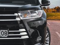 Toyota Highlander 2014 года за 17 400 000 тг. в Алматы