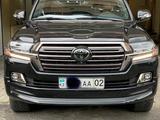 Toyota Land Cruiser 2018 года за 34 700 000 тг. в Алматы