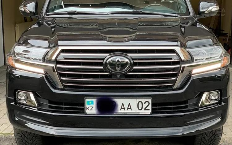 Toyota Land Cruiser 2018 года за 33 200 000 тг. в Алматы