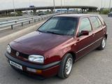 Volkswagen Golf 1997 года за 2 000 000 тг. в Алматы