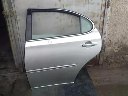 Дверь задняя левая Lexus ES300, Windom за 20 000 тг. в Алматы