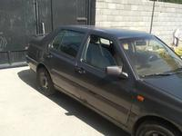 Volkswagen Vento 1992 года за 850 000 тг. в Шымкент