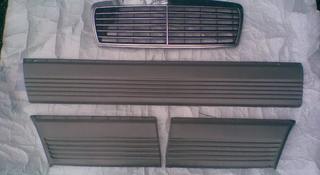Накладка на дверь S-350 W126 за 5 000 тг. в Алматы