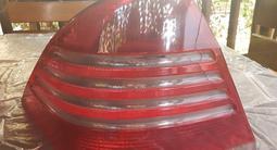 Задние фонари на Мерседес w220 за 35 000 тг. в Алматы – фото 2