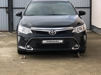 Toyota Camry 2016 года за 10 900 000 тг. в Атырау