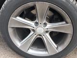 Комплект дисков на BMW за 100 000 тг. в Караганда – фото 2