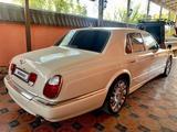 Bentley Arnage 2004 года за 33 000 000 тг. в Шымкент – фото 2