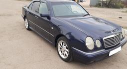 Mercedes-Benz E 240 1999 года за 3 300 000 тг. в Алматы