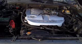 Двигатель V-3.5 на Nissan Pathfinder r50 в Алматы