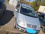 Volkswagen Sharan 2002 года за 3 700 000 тг. в Костанай – фото 2