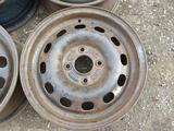 Оригинальные металлические диски на Ford (R14 4*108 ЦО63.4 6J ЕТ за 12 000 тг. в Нур-Султан (Астана) – фото 2