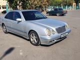 Mercedes-Benz E 200 1999 года за 3 000 000 тг. в Павлодар – фото 2