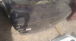 Крышка багажника на Skoda Superb за 111 тг. в Алматы