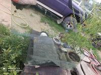 Стекло переднее правое за 25 000 тг. в Алматы