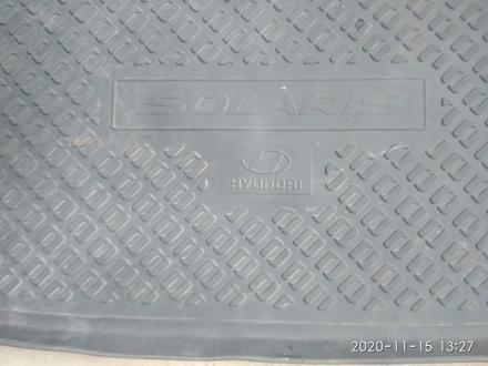 Резиновый коврик для багажника Хендай акцент за 10 000 тг. в Алматы – фото 2