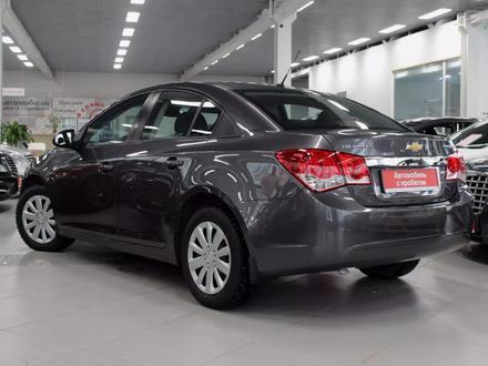Chevrolet Cruze 2011 года за 3 350 000 тг. в Семей – фото 4