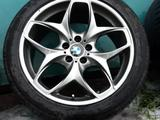 Диски с резиной на BMW X5 E53 за 245 000 тг. в Караганда – фото 4