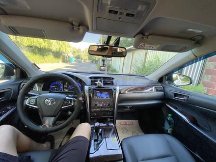 Toyota Camry 2015 года за 10 500 000 тг. в Алматы – фото 8