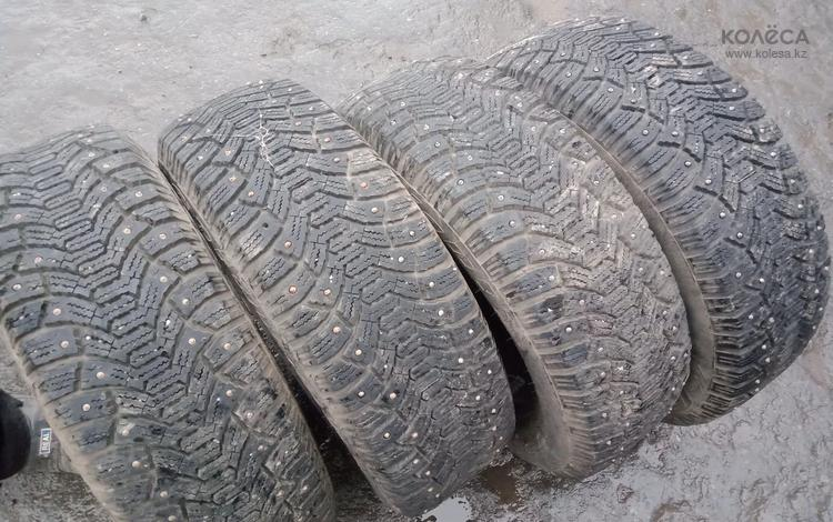 Зимние шины на 14 за 43 000 тг. в Костанай