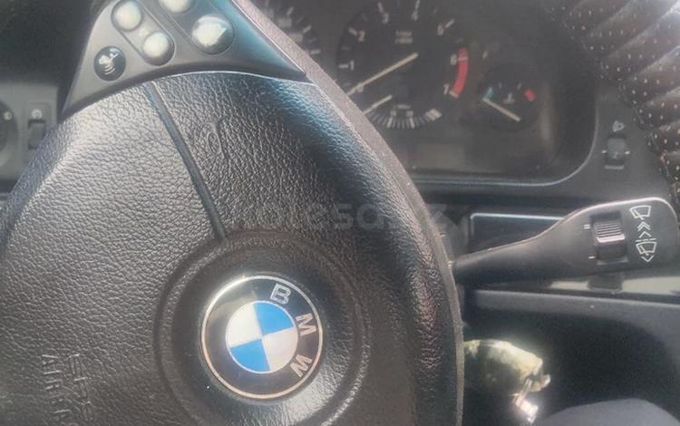 BMW 523 1999 года за 2 000 000 тг. в Алматы