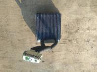 Радиатор испаритель кондиционера печки Ниссан Армада за 10 000 тг. в Алматы