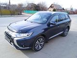 Mitsubishi Outlander 2020 года за 14 100 000 тг. в Алматы – фото 3