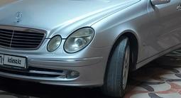 Mercedes-Benz E 320 2002 года за 3 500 000 тг. в Шымкент – фото 3