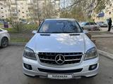 Mercedes-Benz ML 500 2005 года за 4 000 000 тг. в Уральск – фото 2