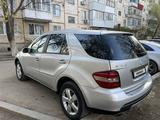 Mercedes-Benz ML 500 2005 года за 4 000 000 тг. в Уральск – фото 5