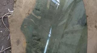 Стекло переднее левое опускное VOLKSWAGEN TOUAREG 02-10 за 6 000 тг. в Алматы