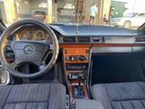 Mercedes-Benz E 280 1993 года за 2 000 000 тг. в Шу – фото 3