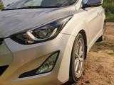 Hyundai Elantra 2013 года за 5 200 000 тг. в Уральск – фото 2