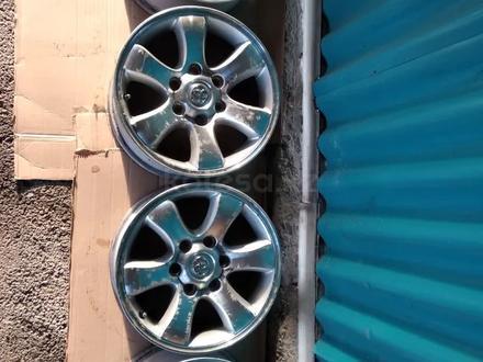 Комплект оригинальных дисков Land Cruser Prado 120 за 140 000 тг. в Алматы – фото 2