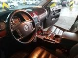 Volkswagen Touareg 2003 года за 3 500 000 тг. в Шымкент – фото 4