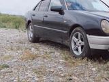Mercedes-Benz E 230 1995 года за 1 950 000 тг. в Талдыкорган
