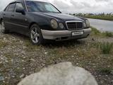 Mercedes-Benz E 230 1995 года за 1 950 000 тг. в Талдыкорган – фото 2