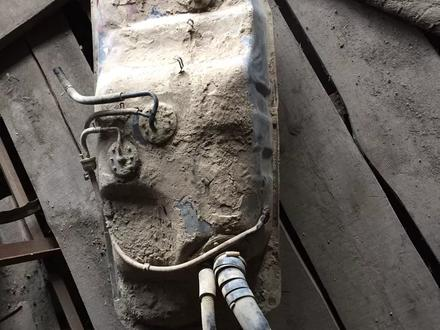 Бак топлиный 1 кз таета сурф за 111 тг. в Алматы – фото 2