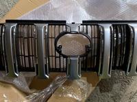 Решетка радиатора toyota prado 150 за 27 000 тг. в Алматы