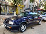 Volkswagen Vento 1995 года за 1 750 000 тг. в Шымкент – фото 4