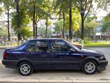 Volkswagen Vento 1995 года за 1 750 000 тг. в Шымкент – фото 5