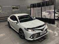 Toyota Camry 2019 года за 13 500 000 тг. в Атырау