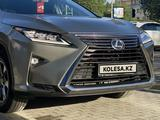 Lexus RX 300 2018 года за 19 500 000 тг. в Актобе – фото 2