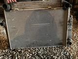 Основной радиатор на БМВ Е34 автомат за 25 000 тг. в Караганда