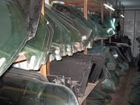 Стекло переднее заднее левое правое глухое собачник за 5 000 тг. в Алматы