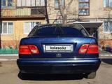 Mercedes-Benz E 240 1999 года за 2 200 000 тг. в Караганда – фото 2
